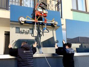 Montator balustrade sticlă