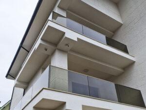 Balustrada sticla cu fixare liniara GlassProtect